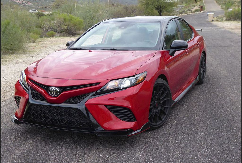 2022 Toyota Camry Hybrid Limited Spirotours